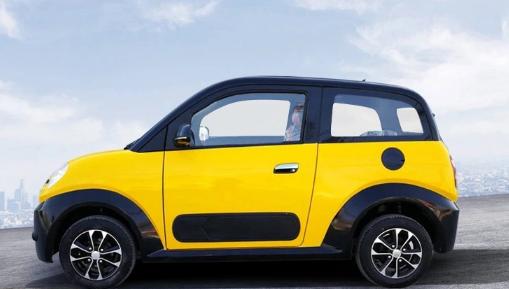 新能源时尚电动四轮汽车成人